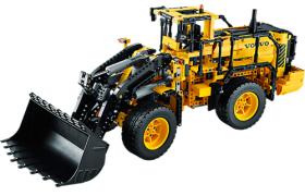 Lego Technic Remote Controlled VOLVO L350F (42030)