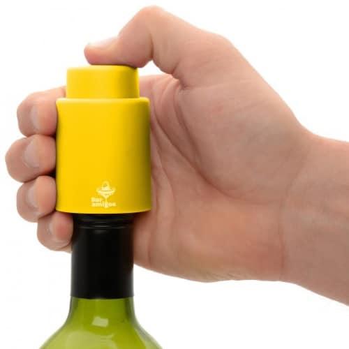 Bar Amigos Vacuum Wine Stopper – Yellow