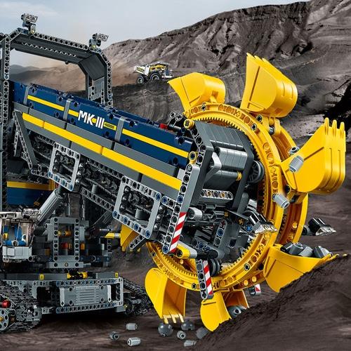 Lego Technic Bucket Wheel Excavator