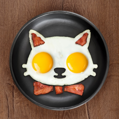 Funny Side Up Cat Egg Shaper