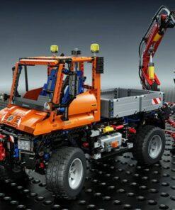 Lego Technic Mercedes-Benz Unimog U 400