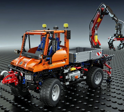 lego technic mercedes benz unimog u 400 8110 yuppie. Black Bedroom Furniture Sets. Home Design Ideas