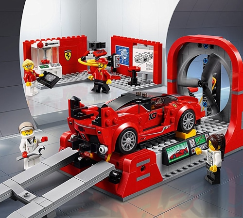 lego speed champions ferrari fxx k development center 75882 yuppie gadgets. Black Bedroom Furniture Sets. Home Design Ideas