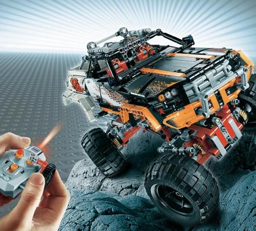 Lego Technic 44 Crawler 9398 Yuppie Gadgets