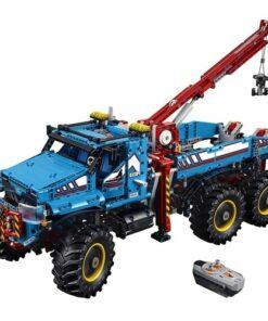 Lego Technic 6 x 6 All Terrain Tow Truck (42070)