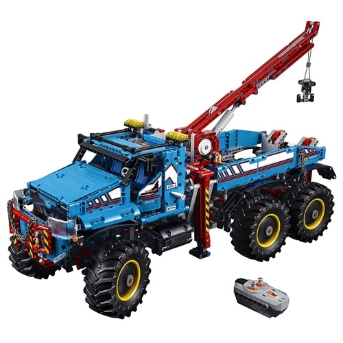Lego Technic 6 x 6 All Terrain Tow Truck (42070)
