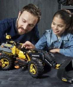 Lego Technic Volvo Concept Wheel Loader Zeux 3